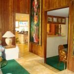 lower-hallway-new-travertine-flooring