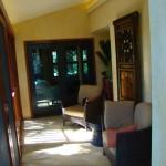 scrrened-lanai-to-seating-area